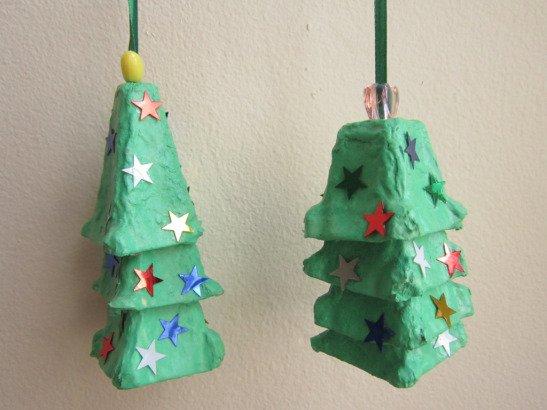 Egg-Carton Christmas Tree